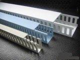 PVCワイヤー包装を作り出すための一流の技術のプラスチック機械装置