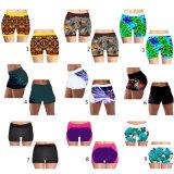 2017 Shorts su ordinazione all'ingrosso di sport delle donne dei pantaloni di Shorts di yoga