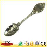 Souvenir Antique style romantique Cuillère en alliage de zinc métal et de la fourche