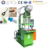 専門の工場供給の縦のプラスチックは射出成形機械価格を差し込む