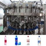 Les boissons gazéifiées Dink Machine de remplissage et de plafonnement de l'eau