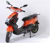 ペダルの電気バイクが付いている60V電気バイク