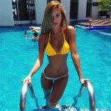 Jugendlich geöffneter reizvoller heißer Bikini-gesetzter junges Mädchen-Bikini des Geschlechts-2018
