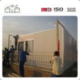 Camera prefabbricata d'acciaio chiara di basso costo del pannello a sandwich in Africa