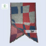 Шаль отдыха шарфа женщин способа цвета зимы Европ напечатанная шишкой