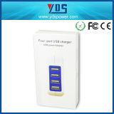 La UE del USB de 4 accesos tapa el cargador portable del teléfono móvil de la pared