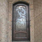 Portas da rua luxuosas da segurança da entrada do ferro feito da casa de campo