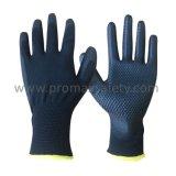 Schwarze Polyester-Zwischenlage-Schwarzes PU und Punkte auf Palme AntiAbbrasive Schutzhandschuhen