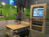 Bois fonctionnant la gravure de commande numérique par ordinateur et porte de machine de découpage faisant le couteau de commande numérique par ordinateur