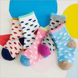 Популярно для милого носка хлопка младенцев способа