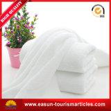 プラスチック皿の綿旅行使い捨て可能なタオル