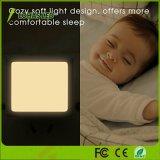 Luz blanca de la noche del sensor de movimiento 0.3W de la hora solar blanca fresca blanca caliente multicolora para el cuarto de baño del vestíbulo del dormitorio