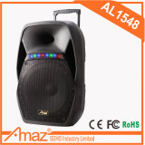 Karaoke Player utiliza altavoz Bluetooth resistente al agua