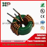 円環形状のコア誘導器の使用によって磁気漏出およびコアうなり声を最小化する