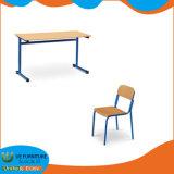 단순한 설계 합동 두 배 책상과 의자