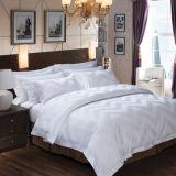 Il coperchio del Comforter della base dell'hotel ha impostato per la tela di base dell'hotel