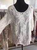 Frauen-weiße Oberseite, reizvolle Spitze-Bluse, Häkelarbeit-Spitze-Oberseite
