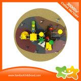 Kind-im Freienspiel-Spielplatz-Teildienst-Eignung-Gerät mit Plättchen