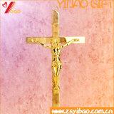 Iglesia antigua / retro / decoración casera Cruz católica, desgaste religioso del metal Crucifijo derecho