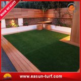 Prix artificiels de gazon d'herbe de décoration