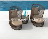 Novo design Outdoor Garden Furniture Grande cadeira Round Rattan com otomano e mesa de café