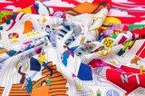 Neue Großhandelsentwürfe gedruckter quadratischer Silk Schal für Damen