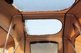 야영을%s 땅 트럭 지붕 상단 천막에 4X4 로드 트립