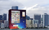 Snack Vending Tower Machine with 32 Inch Touch Screen Advertizing Function and Refrigerator