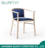 2019 Hot Venda Cadeira de jantar em madeira branca do Apoio de Braço