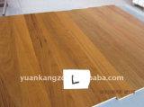 Gread Abのフランスのカシのマルチ層の寄木細工の床によって設計されるフロアーリング