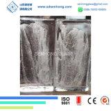 유리벽을%s 서리로 덥은 단단한 투명한 유리 벽돌을 지우십시오