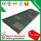 Tuiles de toit enduites en métal de vente de l'Afrique de toiture de pierre colorée élégante chaude de matériaux