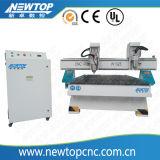 Porta do CNC que faz a mobília que cinzela o router de madeira do CNC