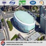 Stadio della struttura d'acciaio con il disegno moderno