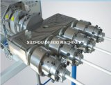 Cadena de producción del estirador del tubo del PVC cuatro