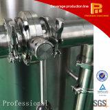 El agua pura purifica el sistema del RO del filtro