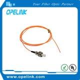 Оптическое волокно для соединительных кабеля для волоконно-оптических систем связи
