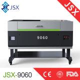 Muestra de acrílico del pequeño cuero de escritorio de la tela de Jsx9060 80W que hace la máquina del laser del CNC