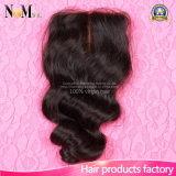 Fechamento baixo de seda da onda frouxa brasileira do cabelo com fechamento da parte dianteira do laço do cabelo do bebê