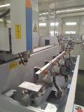 Piccoli facili gestiscono il centro di lavorazione della parete divisoria del portello della finestra di alluminio di 3 Aixs