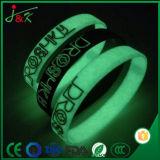 Bracelet lumineux promotionnels personnalisés en silicone, caoutchouc Bracelet Bangle