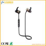 Annullamento stereo senza fili di disturbo delle cuffie avricolari di Bluetooth V4.1 di adsorbimento magnetico del metallo