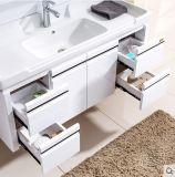 현대 주문을 받아서 만들어진 MDF 목욕탕 가구를 방수 처리하십시오