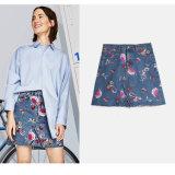Fancy cintura alta bordado de flores de una falda de mezclilla Línea