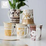 Posséder la vente en gros en céramique de forme d'Evases de tasse de logo de compagnie