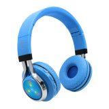 Hoofdtelefoon van de Hoofdtelefoon van Bluetooth van de Hoofdband van de luxe de Stereo Draadloze met de Radio van de FM van de Groef van de Kaart van BR