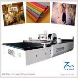 Tissu de textile et machine de découpage automatiques de tissu