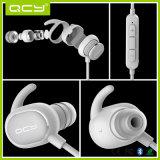 Auricular inglés original de la estereofonia del deporte de Earbuds Bluetooth de la voz