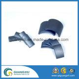 Imán de cerámica permanente libre de la ferrita del motor de la dimensión de una variable del arco de la energía difícilmente