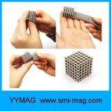 A esfera magnética de neodímio 216 5 mm Cube Íman para Toy